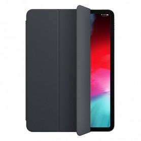Con la funda Smart Folio tu iPad Pro de 11 pulgadas esta protegido tanto por delante como por detras Ademas activa el iPad cuan